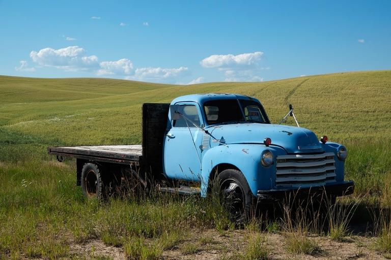 Old blue truck   Palouse, Washington